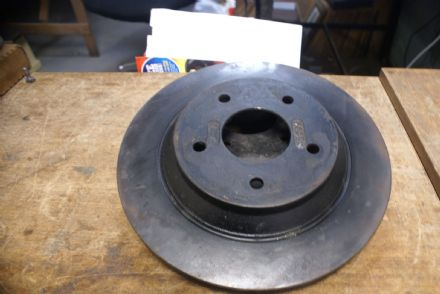 Pair,Front/Rear Brake Disc/Rotor,GM 10097655,Used
